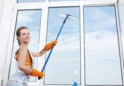 lär dig knepen för skinande fönster